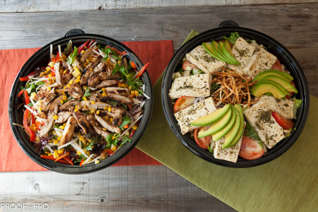 Ensaladas with a choice of any protein (grilled, chicken, tofu, pulled pork)